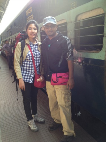 BongBlogger and Ruma Roy at Howrah